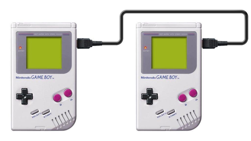 Dois Game Boy com o cabo link para jogar multiplayer.