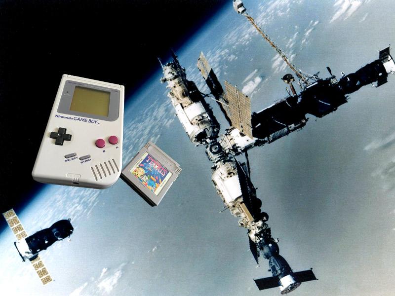 Game Boy nas proximidades durante 17ª expedição russa à estação espacial Mirna.